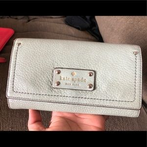 Authentic Green Kate Spade Wallet Clutch Bag GUC